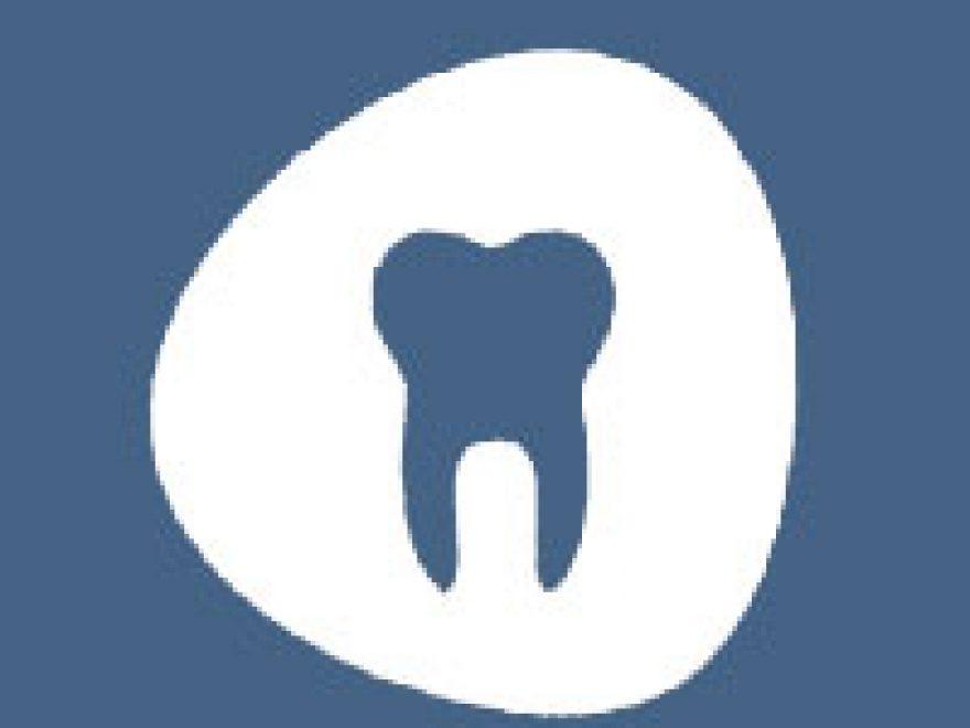 odontiatroslogo-1-880x660 -26